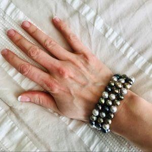 Jewelry - Lovely set of 3 Multicolored Faux Pearl Bracelets